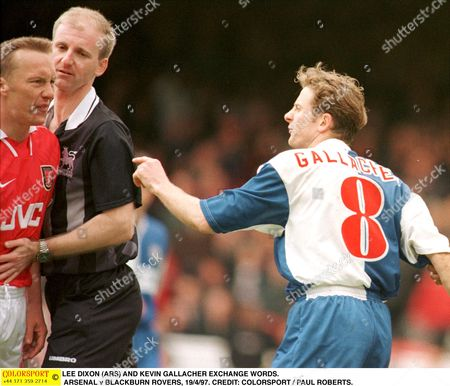 LEE DIXON (ARS) AND KEVIN GALLACHER EXCHANGE WORDS ARSENAL v BLACKBURN ROVERS 19/4/97 Great Britain London