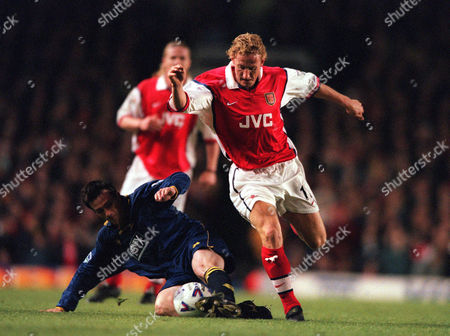 Ray Parlour (Arsenal) Stewart Castledine (Wimbledom) Arsenal 5:1 Wimbledon 19/4/99 Great Britain London