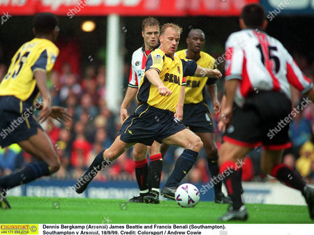 Dennis Bergkamp (Arsenal) James Beattie and Francis Benali (Southampton) Southampton v Arsenal 18/9/99 Great Britain Southampton