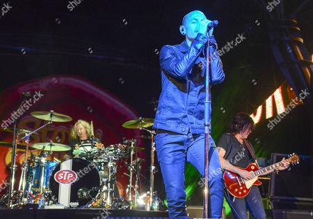Stone Temple Pilots - Eric Kretz and Chester Bennington and Dean DeLeo