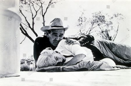 MARILYN MONROE AND CLARK GABLE IN 'THE MISFITS'