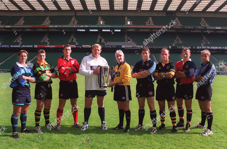 Dean Richards (Leicester Tigers coach) and Referee Ed Morrison with Allied Dunbar Premiership Trophy and a selection of Premiership players Allied Dunbar Premiership Launch 1/9/99 Rugby Union 1999/2000 Great Britain London
