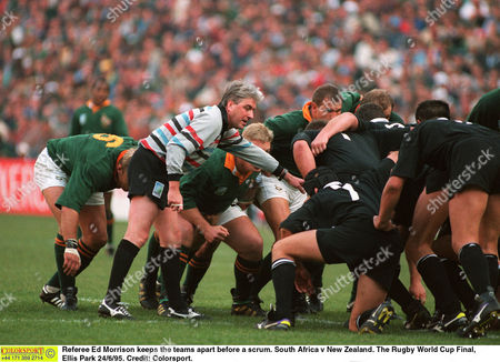 Referee Ed Morrison keeps the teams apart before a scrum South Africa v New Zealand The Rugby World Cup Final Ellis Park 24/6/95 South Africa Johannesburg