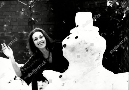 Patricia Ruanne Ballerina With A Snowman.