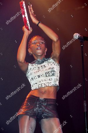CARLEEN ANDERSON OF THE BRAND NEW HEAVIES