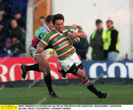 RORY UNDERWOOD SCORES HIS 2nd TRY OF THE MATCH FOR LEICESTER HARLEQUINS v LEICESTER 28/12/96 Great Britain London