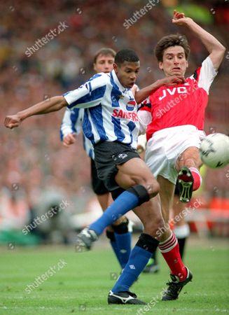 Alan Smith (Arsenal) Carlton Palmer (Wed) Arsenal v Sheffield Wednesday FA Cup Final 1993 at Wembley 15/5/93 1993 FA Cup Final: Arsenal 1 Sheff Wed 1