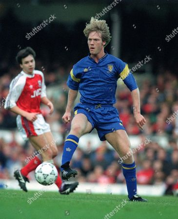 Warren Barton (Wimbledon) Arsenal v Wimbledon 1/1/92 Arsenal 1 Wimbledon 1