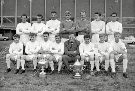 Leeds United team Division two Champions 1963/64 Back l-r: Willie Bell Paul Reaney Freddie Goodwin Gary Sprake Brian Williamson Norman Hunter Ian Lawson Front: Johnny Giles Billy Bremner Jim Storrie Robert (Bobby) Collins Don Revie (Manager) Don Weston Jimmy Greenhoff Jack Charlton Leeds Utd: Div 2 Championsa