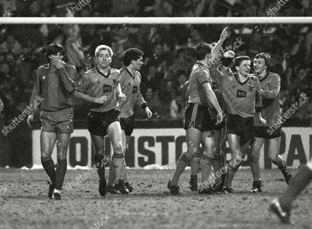 Kevin Gallacher (Utd) celebrates his goal with Paul Sturrock Dundee United v Barcelona 4/3/1987 UEFA Cup 1/4 Final UEFA Cup QF: Dundee Utd 1 Barcleona 0