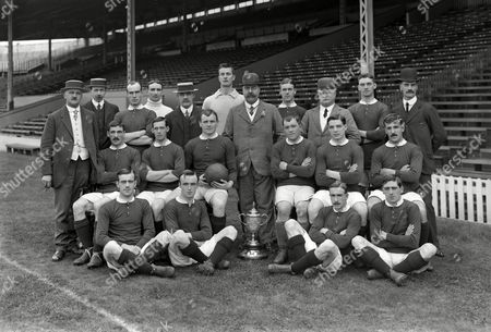Football - 1908 / 1909 seasom - Manchester United Team Group 1909 FA Cup WinnersBeat Bristol City 1-0Back (left to right): Ernest Mangnall (seretary/manager) F Bacon (trainer) Jack Picken Hugh Edmonds Mr Murray (director) Harry Moger John Henry Davies (Chairman) Tom Homer Mr Lawton (director) Alex Bell Mr Deakin (director) Middle: Billy Meredith Richard Duckworth Charlie Roberts Sandy Turnbull Enoch West George Stacey On Ground: Arthur Whalley Leslie Horton Harold Halse George Wall Manchester United - 1909 FA Cup Winners