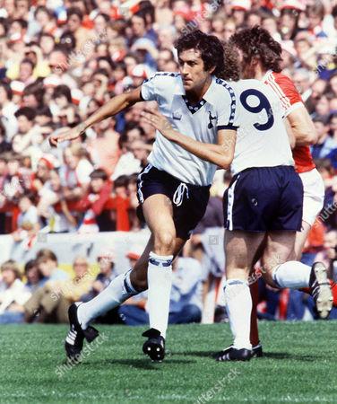 John Lacy (Tottenham) Nottingham Forest v Tottenham Hotspur 19/8/78 1978 / 79 season Notts F 1 Spurs 1