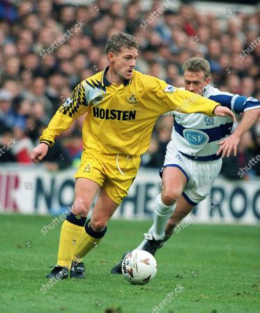 Micky Hazard (Spurs) Simon Barker (QPR) Queens Park Rangers v Tottenham Hotspur 27/11/1993 QPR 1 Spurs 1