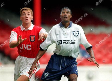 Steve Slade (Spurs) Paul Read (Arsenal) Arsenal v Tottenham Reserves 19/09/95 Arsenal Res v Spurs Res
