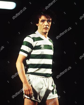 Frank McGarvey (Celtic) Ipswich v Celtic v 3/11/81 Alan Hunter Testimonial Season 1979 / 1980 Ipswich v Celtic: Testimonial