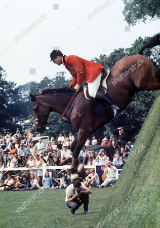 David Broome on Ballywillwill (Show Jumping) Hickstead 1975