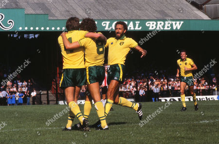 Martin Chivers (Norwich) celebrates their goal with Kevin Reeves (8) and John Ryan (4) Norwich City v Southampton 19/08/1978 Norwich 3 Southampton 1