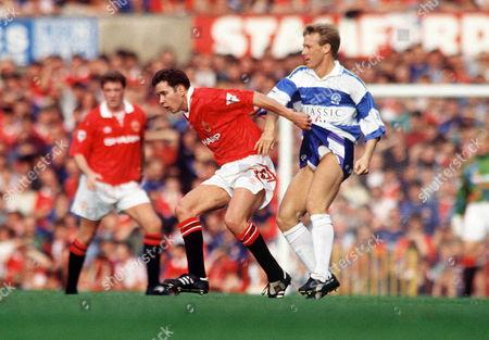 Darren Ferguson (United) Simon Barker (QPR) Manchester United v Queens Park Rangers 26/9/92 Man Utd 0 QPR 0