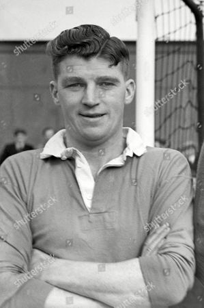 Thomas Bell (Oldham Athletic) 1949 / 50