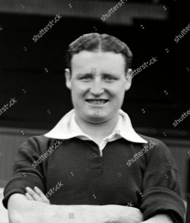 Harry Baird (Manchester United) 1938/39 season Great Britain Harry Baird (Man Utd)