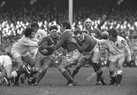 John Sean Lynch and Willie John McBride (Ireland) England v Ireland; Twickenham; 12/02/1972 5N 1972: England v Ireland
