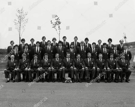 Rugby Union - 1980 British Lions Tour of South Africa - British Lions Official Team Group Back row (left to right): Colin Patterson Dave Richards Peter Morgan Clive Woodward Ollie Campbell Mike Slemen Stuart Lane Allan Phillips Elgan Rees Rodney O'Donnell Jim Renwick Middle: Gareth Davies Terry Holmes John Beattie Alan Tomes Alan Martin Ray Gravell Maurice Colclough John O'Driscoll Colin Tucker John Carleton Phil Blakeway Front: Doctor Graham Price Bruce Hay Fran Cotton Syd Millar (Manager) Bill Beaumont Noel Murphy (assistant Manager) Derek Quinnell Peter Wheeler Jeff Squire Clive Williams 1980 British Lions to SA
