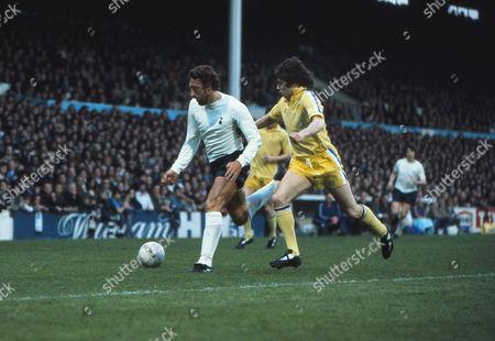 Martin Chivers (Spurs) Frank Gray (Leeds) Tottenham Hotspur (Spurs) v Leeds United; 28/04/1975 Spurs 4 Leeds U 2