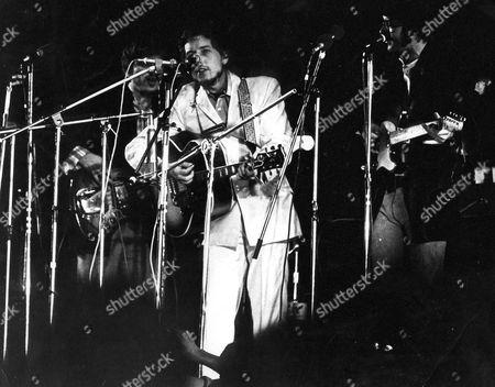 Bob Dylan and the Band - Rick Danko, Bob Dylan and Robbie Robertson