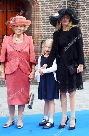 Princess Beatrice, Countess Luana and Princess Mabel