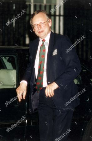 Stock Image of John Gummer Arriving In Downing Street Tonight. John Selwyn Gummer Baron Deben. Conservative Party Politician Formerly Member Of Parliament (mp) For Suffolk Coastal Now A Member Of The House Of Lords. Pkt4706-331958 Original Print Held In Kensington.