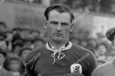 Robert 'Billy' Matthews Wales International team v England at Cardiff 1923 Wales 2 England