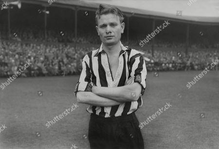 Charles 'Charlie' Crowe (Newcastle United) 1956/1957 season Charlie Crowe (Newcastle Utd)