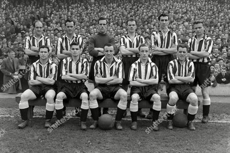 Football - 1954 / 1955 First Division - Everton 1 Newcastle United 2 Newcastle United team group before the game at Goodison Park on 8/4/55 Back: Jimmy Scoular R Cowell R Simpson A McMichael Bob Stokoe Charles 'Charlie' Crowe Front: L White R Davies Vic Keeble G Hannah R Mitchell Newcastle United - 1954/55