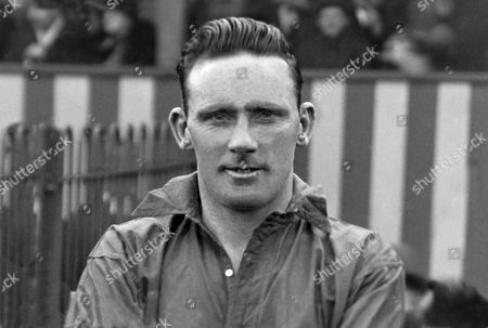 Football - 1928 / 1929 season Merthyr Town's Jack Page Jack Page - Merthyr Town
