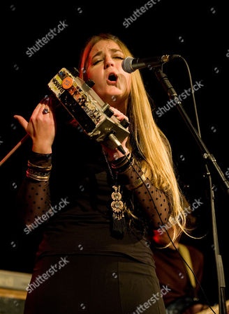 Trembling Bells - Singer and guitarist Lavinia Blackwall