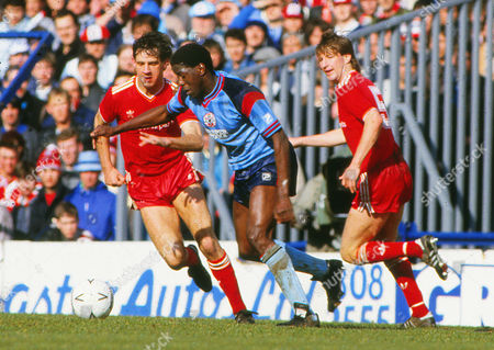 George Lawrence (Southampton) Jim Beglin and Ronnie Whelan (Liverpool) Liverpool v Southampton FA Cup Semi-Final White Hart Lane 05/04/1986 Liverpool v Southampton, FA Cup Semi-Final
