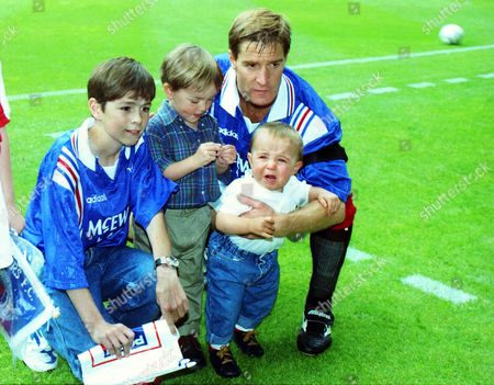 Richard Gough with his children (RANGERS) GLASGOW RANGERS v ARSENAL 03/08/1996 Richard Gough testimonial match GLASGOW RANGERS v ARSENAL