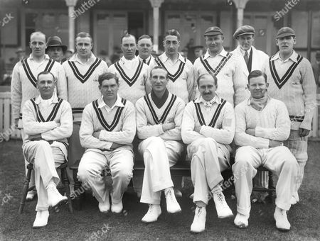 Cricket - 1932 season - Surrey County Cricket Club Team Group Back l-r: Robert Gregory Tom Barling Andrew Sandham Umpire Harry Squires Tom Shepherd Umpire (Austin) Ted Brooks Front: Sir Jack Hobbs Maurice Allom Douglas Jardine 'Percy' Fender Freddie Brown Surrey C.C.C. - 1932