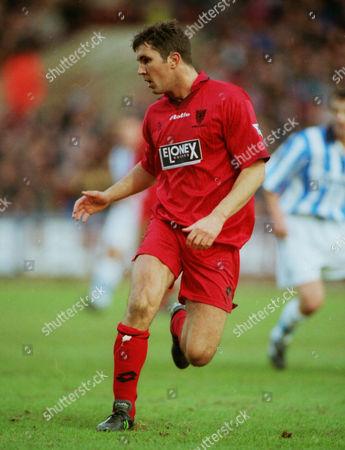 Stewart Castledine - Wimbledon Huddersfield town v Wimbledon FA Cup 4th rd 24/01/1998 FA Cup R4: Huddersfield 0 Wimbledon 1