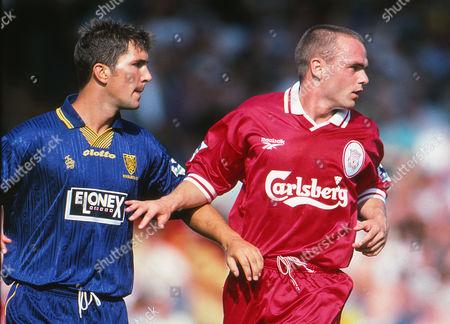Stewart Castledine (Wimbledon) Danny Murphy (Liv) Wimbledon v Liverpool 09/08/1997 Wimbledon v Liverpool