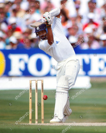 Cricket : Phil DeFreitas - England England v South Africa 2nd test at Headingley 04/08/1994 England v South Africa