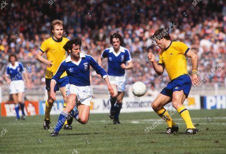 Roger Osborne (Ipswich) Malcolm MacDonald (arsenal) Ipswich Town v Arsenal FA Cup Final Wembley Stadium 06/05/1978 1978 FA Cup Final: Ipswich 1 Arsenal 0
