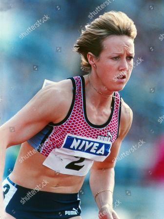 Athletics - Nivea Championships - Sheffield 02/08/1998 Womens 400m Allison Curbishley GBR Nivea Championships