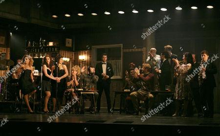 Standing left, L-R: Stephanie McKeon (Natalie), Sarah O'Connor (Imelda), Jessica Cervi (Bernie), rear centre: Denis Grindel (Jimmy Rabbitte)
