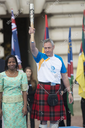 Editorial picture of Glasgow 2014 Commonwealth Games Baton Relay, Buckingham Palace, London, Britain - 09 Oct 2013