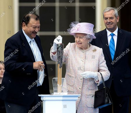 Editorial photo of Glasgow 2014 Commonwealth Games Baton Relay, Buckingham Palace, London, Britain - 09 Oct 2013
