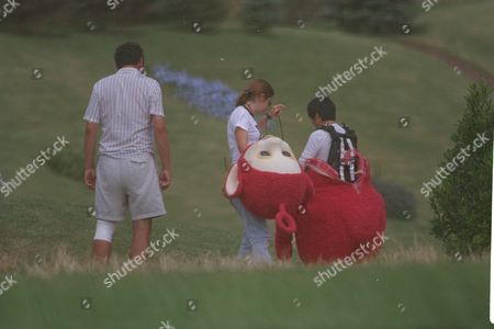 Pui Fan Lee Actress Filming Teletubbies Tv Show Near Stratford Upon Avon 1997.