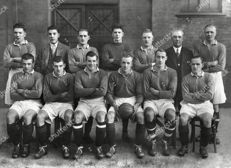 Football - 1928 / 1929 season - English Football League XI 2 Scottish Football League XI 1 The SFL team group before the game at Villa Park 07/11/1928 Back (left to right): Colin McNab (Dundee) Barney Battles (Hearts) Dougie Gray (Glasgow Rangers) John Thomson (Celtic) Danny Blair (Clyde) also played for Aston Villa and Blackpool trainer Robert 'Bob' Bennie (Hearts) Front: Sandy Archibald (Glasgow Rangers) Alexander 'Alec' Thomson (Celtic) Jimmy McGrory (Celtic) Jimmy McStay (Celtic) James Barbour 'Mutt' McAlpine (Queens Park) Alan Morton (Glascgow Rangers) Goalkeeper Thomson later died as a result of an accidental collision with Rangers player Sam English during an Old Firm match at Ibrox Scottish Football League XI - 1928/9