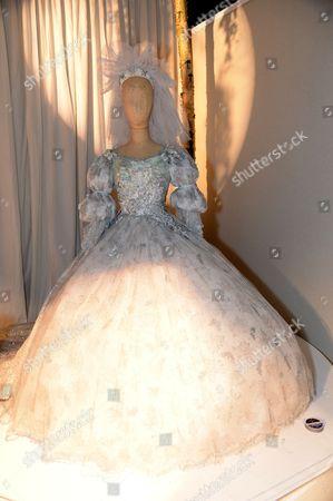 Mandy Smith wedding dress