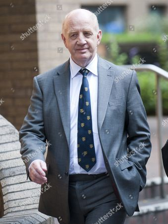 David Shuttleworth Appearing With Barrie Drewitt-barlow And Tony Drewitt-barlow At Southwark Crown Court - Charged With Fraudulently Fabricating Clinical Trials On Children For Their Company Euroderm Research.